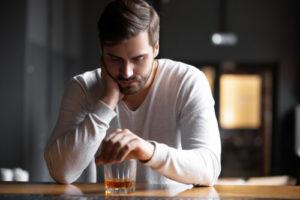 10 cosas que puedes hacer para saber si tienes un problema con el alcohol